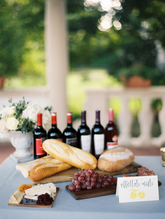 http://www.100layercake.com/wedding-inspiration/italian-inspired-vow-renewal/